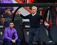 Tottenham-luotsi Jose Mourinho (oik.) kuuluu jalkapallovaikuttajiin, jotka eivät purematta nielleet CASin päätöstä kumota Manchester Citylle Ueafalta langetettu rangaistus sponsoritulojen vääristelystä.