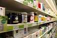 """""""Tosiasia on kuitenkin se, että c-vitamiini on yksi kaikkein tärkeimpiä elimistömme suojaravintoaineita"""", kirjoittaa Mikko Jäntti. Kuvituskuva."""