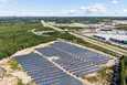 Toinen Lempäälän energiayhteisön aurinkopaneelikentistä sijaitsee aivan Ideaparkin vieressä moottoritien toisella puolen.