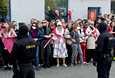 Lauantaina Valko-Venäjällä järjestettyihin protesteihin osallistui uutistoimistojen mukaan noin parituhatta ihmistä.