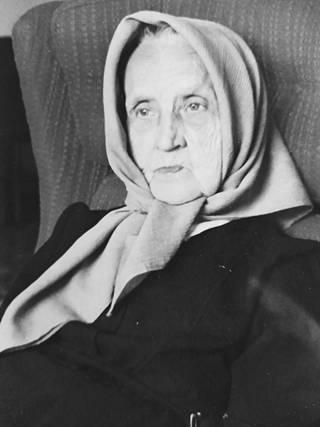 Opettajana työuransa tehnyt Ilmi Väätänen kuoli vuonna 1973. Hän oli syntynyt vuonna 1885.