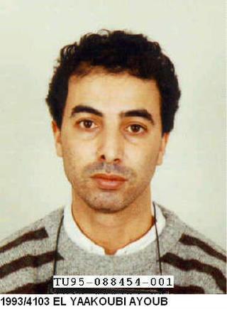 Marokkolaista Ayoub El Yaakoubia epäillään 27 vuotta sitten Suomessa tapahtuneesta murhasta.