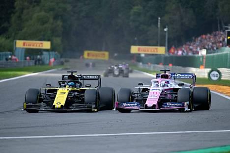 Daniel Ricciardon edustama Renault ja Sergio Pérezin edustama Racing Point ovat käyneet kovaa kamppailua paitsi radalla myös sen ulkopuolella.