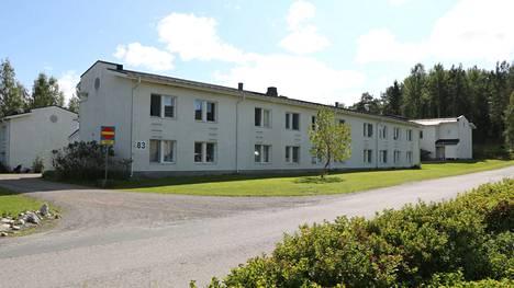 Entisen opiskelija-asuntolan tiloihin suunnitellaan rivitalo-tapaista asumista.