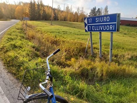 Krouvin tasoristeys on yksi portti Sastamalan ruskaisiin syysmaisemiin.