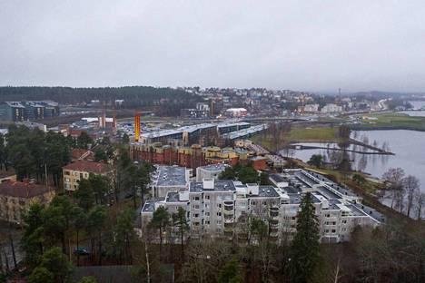 Elämme poikkeuksellisia aikoja myös Tampereella. Mitä se tarkoittaa? Aamulehden koronastudio selvitttää.