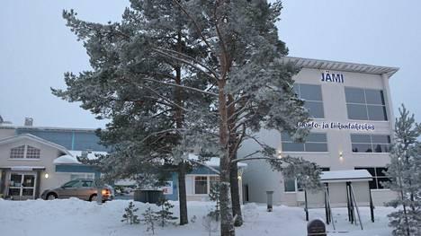 Jämijärven tuleva hyvinvointipäällikkö Toni Ojala saa mielenkiintoisen pestin vetää liikunnan iloon uusiakin liikkujia. Areenoja Jämijärvellä riittää liikunnan iloa tuomaan.