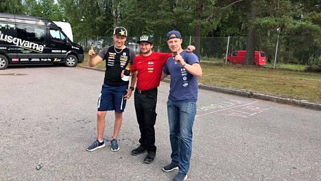 Pyry Juupaluoma, Jussi Arvaja ja Mika Tamminen toivat kerhojoukkueiden SM-kullan viidettä kertaa peräkkäin Jämsään.