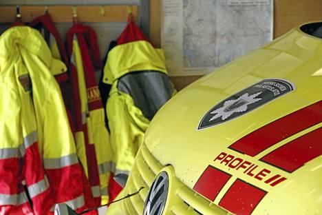 Ambulanssikyytiä ei lopulta tarvittu risteyskolarissa Keuruun keskustassa. Kahden auton törmäys rypisti autot lunastuskuntoon, mutta henkilövahingoilta vältyttiin.