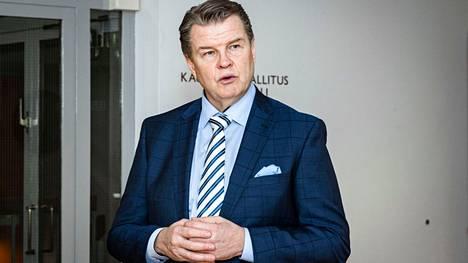 Tampereen kauppakamarin toimitusjohtaja Antti Eskelinen sanoo, että Pirkanmaalla on pidettävä huolta yhteyksistä ja perusopetuksesta. Eskelinen kuvattiin helmikuussa.