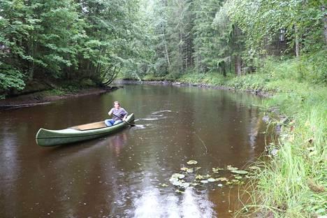 Korsuretket Oy on vuodesta 1999 asti toiminut luontopalveluyritys, jota vetää Sanni Luomahaara.
