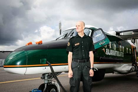 Dornier 228 -valvontakoneiden uusiminen maksaisi kokonaisuudessaan noin 60 miljoonaa euroa, prikaatinkenraali Jari Tolppanen kertoo.