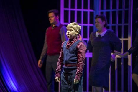 Porilainen koululainen Rasmus Koskinen tunnetaan vatsastapuhujana Talent Suomi -ohjelmasta sekä roolistaan Porin teatterin Tango d'Amore – musikaalissa.