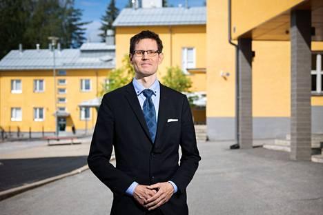 45-vuotias perussuomalaisten kansanedustaja, diplomi-insinööri Sami Savio sai Ylöjärvellä eniten ääniä, peräti 871. Aamulehti kuvasi Savion Ylöjärven Siivikkalan koululla vaalien jälkeisenä päivänä 14. kesäkuuta.