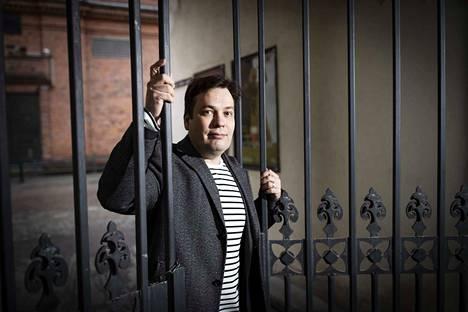 Jonne Valtonen tunnetaan pelimusiikistaan ja muumisävellyksestään. Nyt hän on tehnyt musiikin klassiseen mykkäelokuvaan.