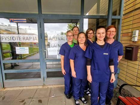 Avofysioterapian ja apuvälinelainaamon fysioterapeutit tekivät viikolla muuttoa tutuista tiloista entisen terveyskeskussairaalan toiseen kerrokseen.