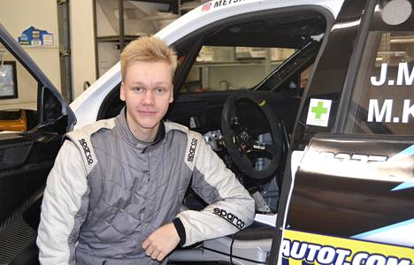 Juuso Metsälä odottaa innolla, että pääsee ajamaan isojen poikien kanssa MM-ralliin.