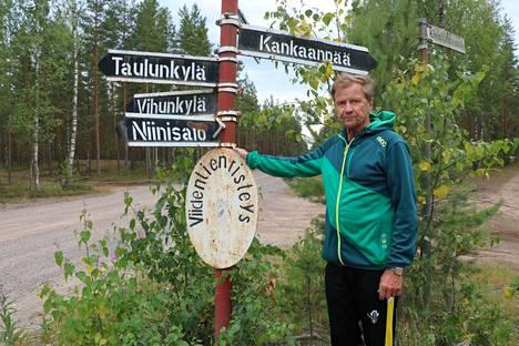 Tähän pisteeseen saapuu kankaanpääläisiä liikunnanharrastajia viidestä suunnasta. Viidentienristeys on tullut Olli Latvalalle tutuksi vuosikymmenien ajalta.