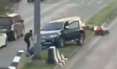 Sotilas ampui useita ihmisiä jo matkalla kohti ostoskeskusta.