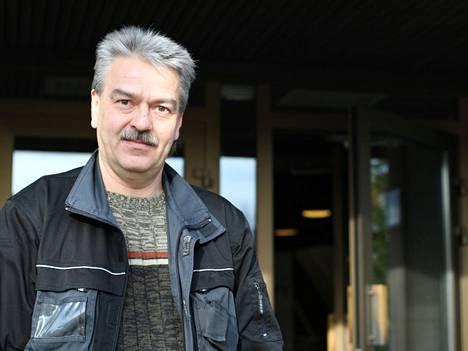 Vasemmistoliiton valtuutettu Harri Asikainen vastaa Antti Selkeen (kd) mielipidekirjoitukseen.