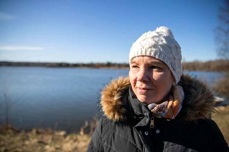 Sanna Markkanen sanoo, että Iidesjärven luontoarvojen takia hoitotoimet pitää suunnitella tarkkaan.