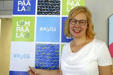 Lempäälän kunnanjohtaja Heidi Rämö kertoo vuonna 2021 avautuvasta ympärivuorokautisesta palvelusta.