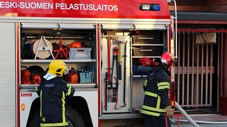 Ruoanlaitosta lähtenyt palon alku toi pelastuslaitoksen paikalle Kivelään. Arkistokuva.