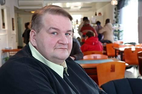 Kyläyhdistyksen puheenjohtaja Ari Prinkkala myöntää kaupungin tunnustuksen tuntuvan hyvältä. Työ ei kuitenkaan Prinkkalan mukaan pääty riippusiltaan vaan se jatkuu edelleen.