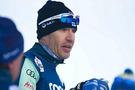 Teemu Pasanen on miesten hiihtomaajoukkueen päävalmentaja.