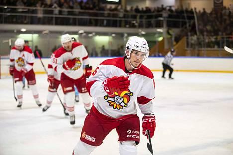 Henrik Haapala onnistui maalinteossa, kun Jokerit voitti Valkeakoskella pelatussa ottelussa Sibirin keskiviikkona.