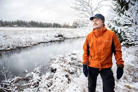 Vesistöt ovat arvokkaita elinympäristöjä, jotka rajataan hakkuilta suojavyöhykkeillä. – Sertifikaateissa on paljon omaksuttavaa, mutta Metsä Group on täyden palvelun talo, josta kaikki tarvittava tieto löytyy. Metsäasiantuntija Niklas Peltoniemi palvelee Kankaanpään ja Karvian metsänomistajia.