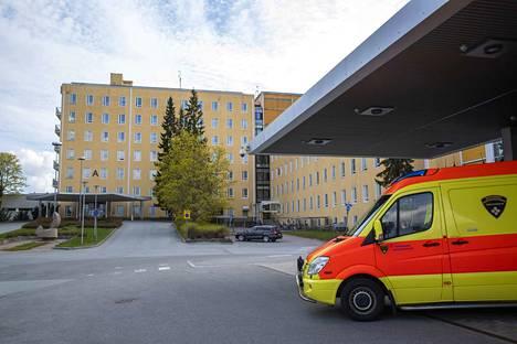 Sairaanhoitopiiri on jo aiemmin lähestynyt henkilöstöä kirjeellä, jossa pyydetään pohtimaan säästökohteita.