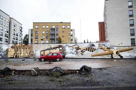 Muraali on iso. Sen pituus on 47,1 metriä. Korkeus on 4,05 metriä ja matalammassa kohdassa korkeutta on 3,15 metriä.