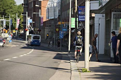 Raitiotietä suunnitellaan Hämeenkadun ja linja-autoaseman välille.