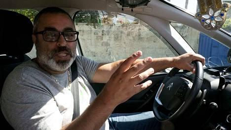 Ronen Habazin mukaan Tel Aviviin ei ole saapunut niin paljon euroviisuturisteja kuin mitä odotettiin. Töitä on riittänyt, mutta viisuväkeä ei ole näkynyt.