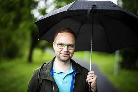 Tampereella vaalitulosta jännittänyt Olli-Poika Parviainen halusi kiittää kaikkia äänestäjiään.
