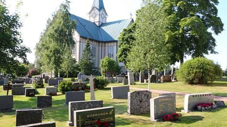 Mitä haudalle ensi kesäksi? Syksy tulee kuitenkin ensin ja silloin haudoilla alkaa erityisesti kanervien ja koristekaalien aika.