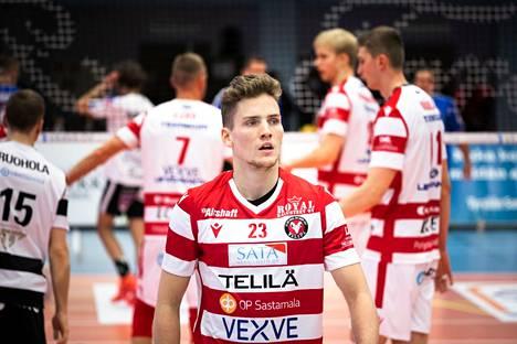 Sakari Mäkinen pelasi loisto-ottelun Hollannissa Jiri Hännisen tavoin.