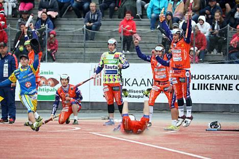 KaMan ainoaksi pelaamalla saaduksi kolmen pisteen voitoksi jäi heinäkuun alun kotiottelu Alajärven Ankkureita vastaan. Kankaanpääläisten kausi päättyi, mutta alajärveläiset joutuvat taistelemaan sarjapaikastaan Siilinjärven Pesistä vastaan.