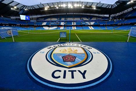 Manchester City pelaa pääsponsorinsa mukaan nimetyllä Etihad-stadionilla.
