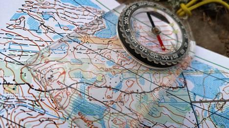 Kuntorasteja etsittiin viime viikonloppuna Satalinnan maastosta. Kuvituskuva.
