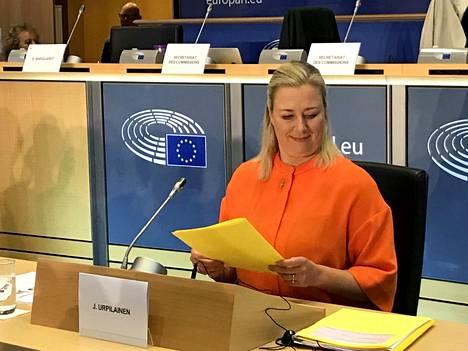 Suomen komissaariehdokas Jutta Urpilainen oli tiistaina aamulla EU-parlamentissa tentissä komissaaritehtävästään.