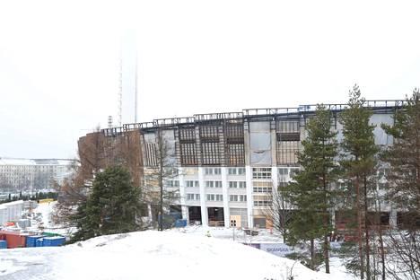 Olympiastadionin remontti valmistuu ensi kesänä. Talvella 2021 stadionilla pitäisi hiihtää 800 metrin keinolumiladulla.