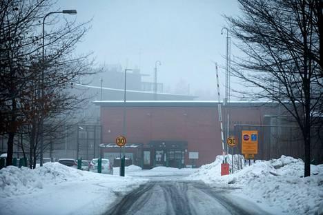 Koskelan murhasta tuomitut siirtyvät Vantaan vankilasta muihin vankiloihin.