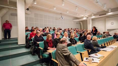 Satakunnan maakuntavaltuusto kokoustaa Porissa. Uuden aluevaltuuston kokouspaikka on vielä auki.