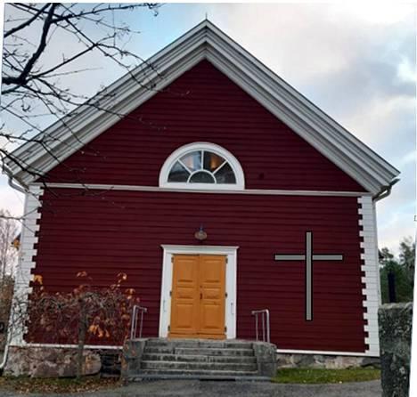 Pirkko Pihlajamaan ehdotuksen mukaan ristin tie voisi päättyä Tottijärven kirkon seinään.