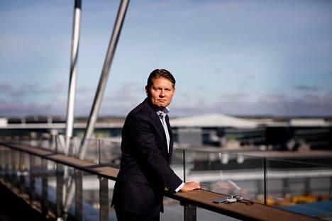 """""""Mitään päätöksiä ei ole lyöty lukkoon. Emme liioin suunnittele, että kaikki vuorot korvattaisiin, Finnairin toimitusjohtaja Topi Manner sanoo kohua herättäneestä Tampere-Pirkkala -lentojen lakkauttamissuunnitelmista."""