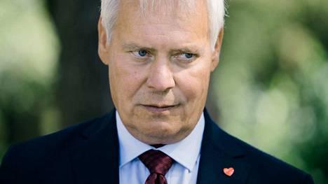 Pääministeri Antti Rinnettä kuullaan pääministerin haastattelutunnissa.