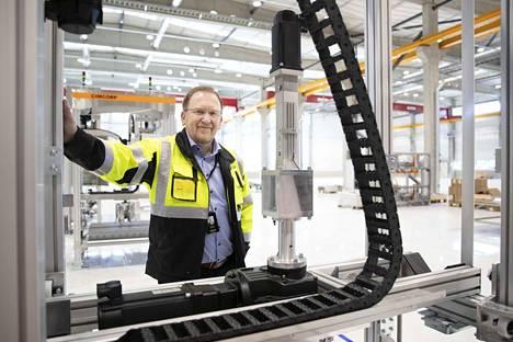 Viime vuonna myyntipäällikkö Kai Tuomisaari sai myhäillä onnistuneita Espanjan kauppoja uudessa hallitilassa, joka käytännössä tuplasi Cimcorpin toimitilat Ulvilassa. Nyt töitä on luvassa lisää Saksassa.