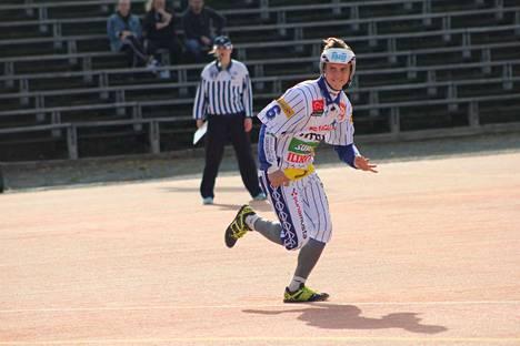 KaMan Joonas Peltomäki teki parhaansa, mutta Itä osoittautui selkeästi paremmaksi.